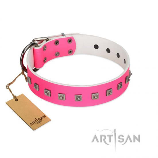 """Queen of Hearts"" Handcrafted FDT Artisan Pink Leather Bullmastiff Collar with Dotted Studs"