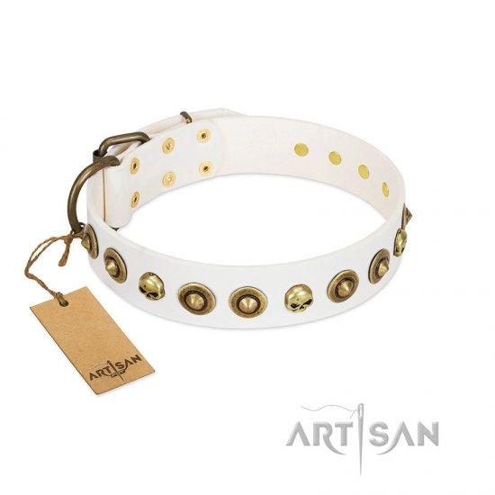 """Wondrous Venture"" FDT Artisan White Leather Bullmastiff Collar with Skulls and Brooches"