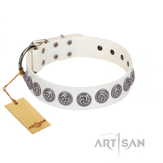 """Bohemian Spirit"" Handmade FDT Artisan White Leather Bullmastiff Collar with Vintage Decorations"