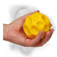 Medium Lightweight Treat Dispensing Tetraflex Ball for Bullmastiff