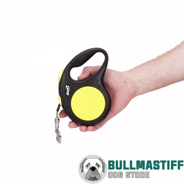 Everyday Use Neon Design Retractable Leash for Total Comfort