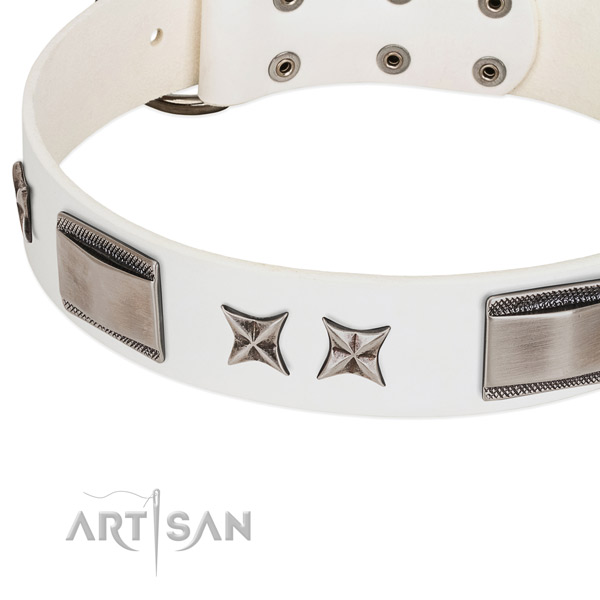 High quality genuine leather dog collar with rust-proof buckle