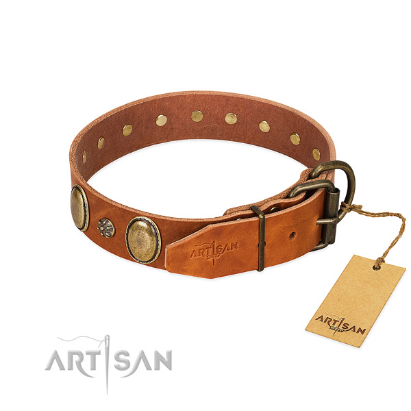 Easy wearing high quality genuine leather dog collar