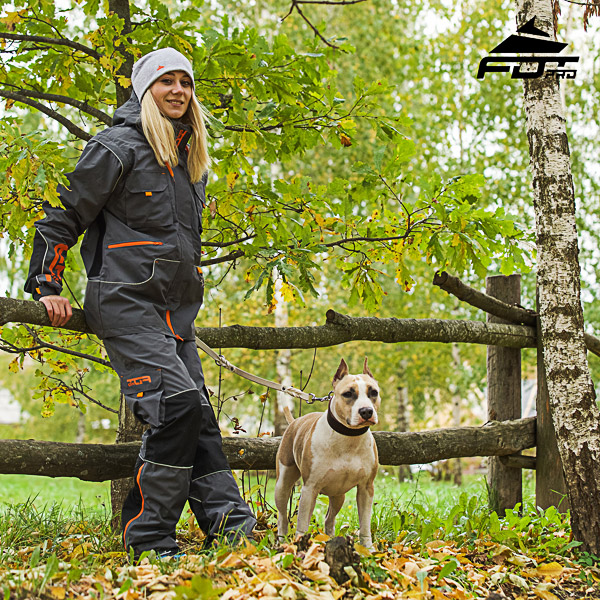 Comfortable Back Pockets on Men / Women Design Pants for Active Dog Trainers